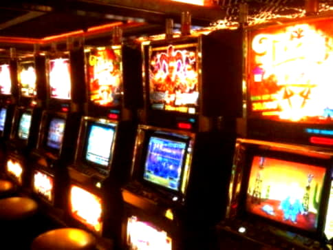 230% First Deposit Bonus at Royal Dubai Casino